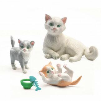 Domček pre bábiky – máme doma mačičky